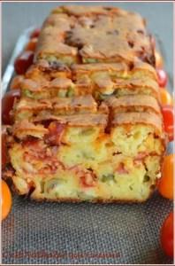 cake à l'olivade verte et chorizo