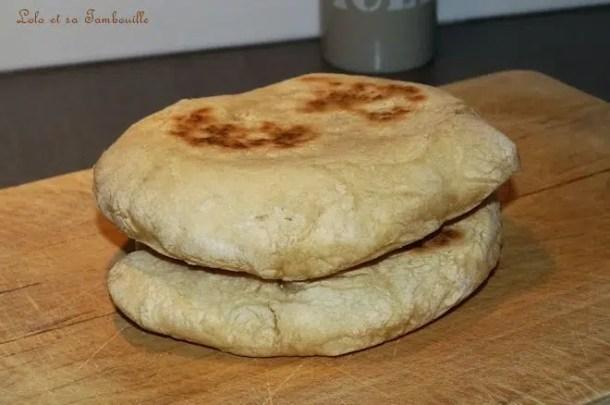 Pain pita {pita bread}