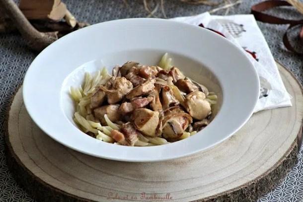 Sauté de poulet aux lardons & champignons