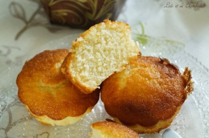 Gâteaux fondants à la noix de coco (6)