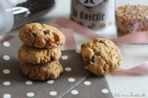 Biscuits aux pépites de chocolat & nougatine {aux jaunes d'oeufs} (2)