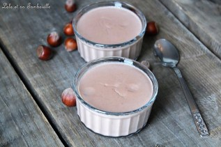 Crèmes au lait de noisettes & pralinoise (2)