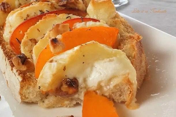 Bruschettas d'abricots & crottin de Chavignol