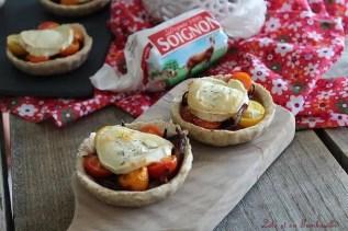 Tartelettes oignons caramélisés, tomate & chèvre (1)