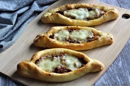 Pizza pide à la viande hachée (5)