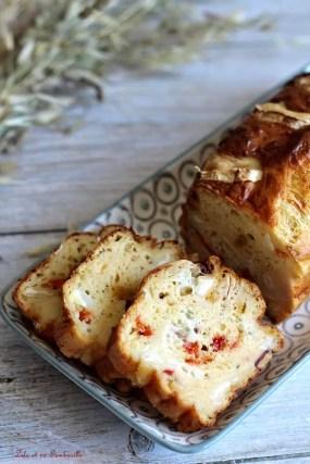 Cake au chèvre & poivrons grillés (6)