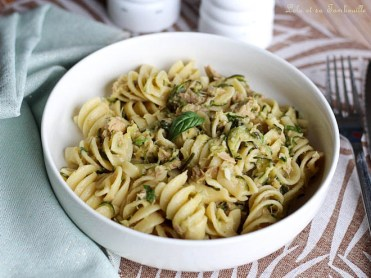 One pot pasta courgettes & thon (1)