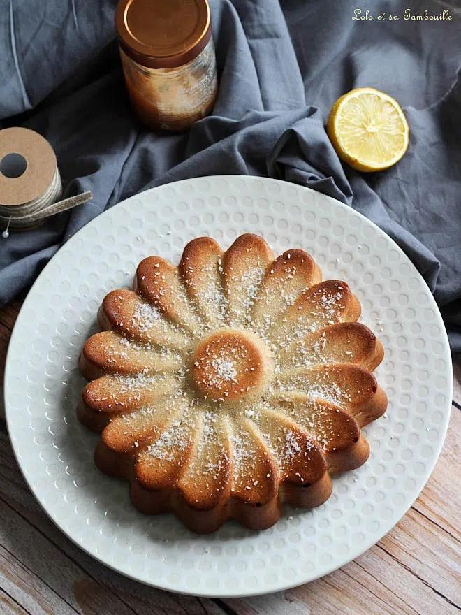 moelleux au citron avec lemon curd, cake moelleux au lemon curd