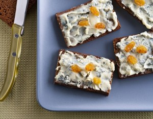 canapé pain d epice et bleu d auvergne