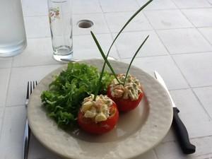 tomates farcies macédoine de légumes mayonaise