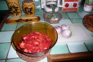 Pizza tomates oignons (1)