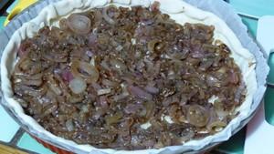 Tarte aux échalotes confites et aux tomates (2)