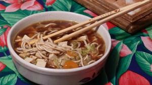 Soupe miso aux nouilles chinoises