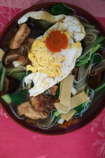 Meefoon soup