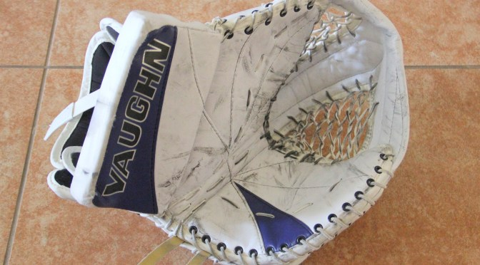 2008-09 Toronto Maple Leafs Game Used Glove – Curtis Joseph