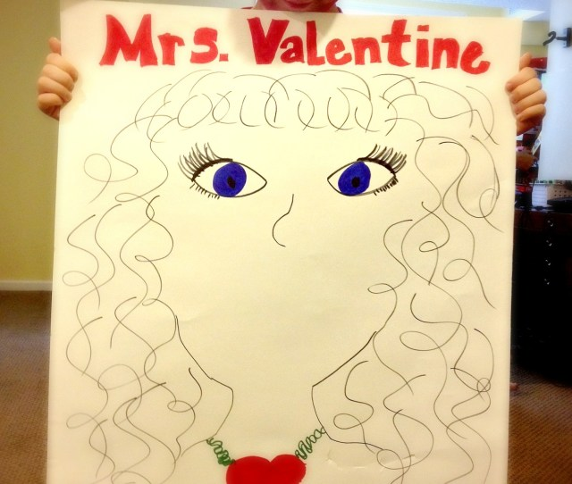 Pin The Lips On Mrs Valentine She Really Wants A Kiss