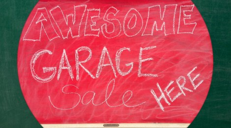 DIY Garage Sale Chalkboard Sign