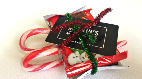 DIY Candy Sleigh - A Cool Way to Give Gift Cards or Cash