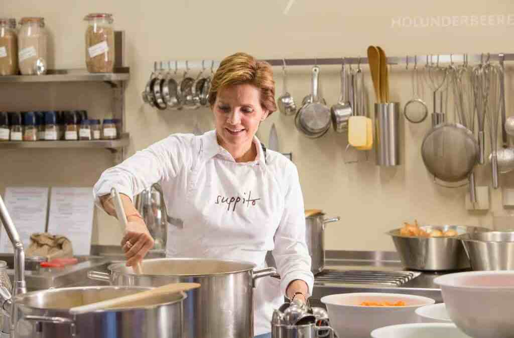 Ernährungsexpertin Dr. Andrea Scholdan
