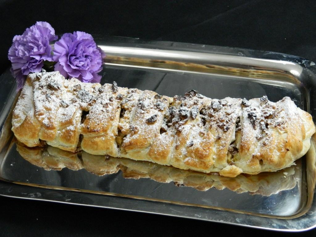 Pretty Vanilla Pudding Roll