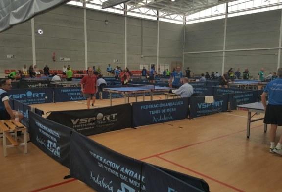 72 palistas de toda Andalucía participan en el Top de Veteranos de Tenis de Mesa en Cúllar Vega