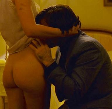 Natalie Portman's ass in Hotel Chevalier