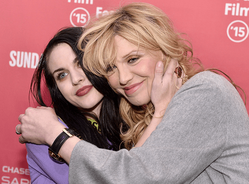 Frances Bean Snubs Courtney Love in The Ultimate Way