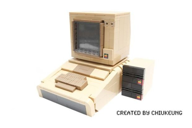 mac-spoilers-apple-ii-made-of-legos-03