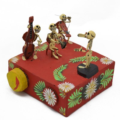 Mechanical Folk Art Josue Eleazar Castro: Large Musical Orchestra cartoneria