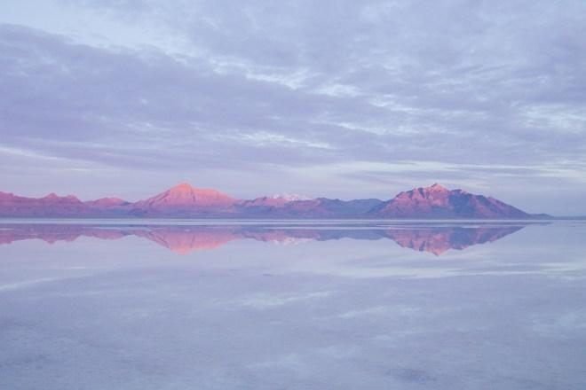 Bonneville Salt Flats mountainscape | ©NanetteWong