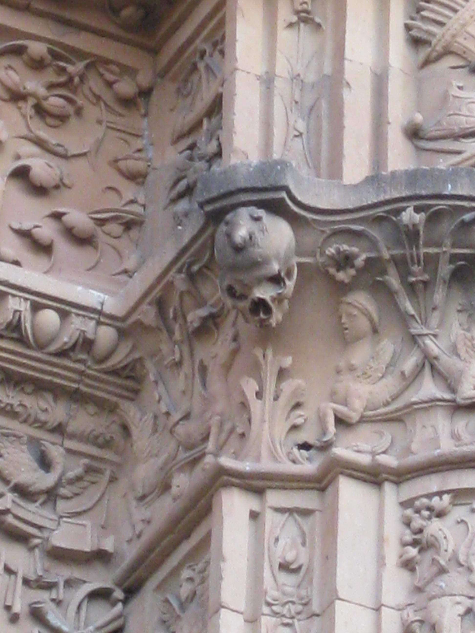 3 mysterious hidden carvings in Salamanca  Cultural