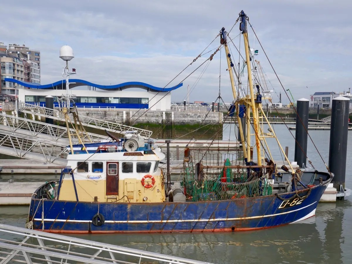 Fishing boat coming into harbour Ostend