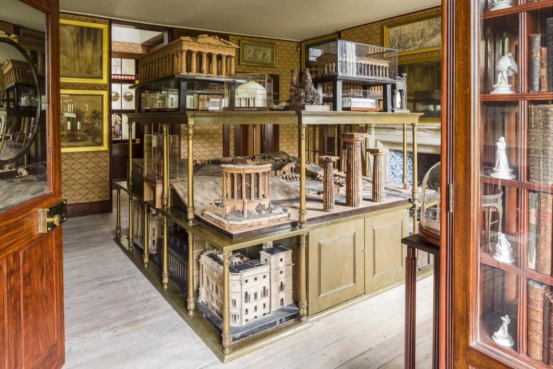 Cork models of Parthenon, Forum
