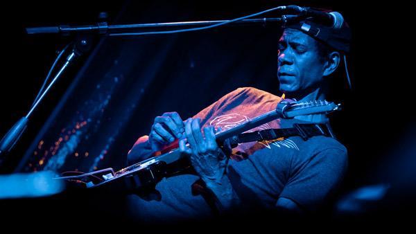 Greg Howe - crossroads live club