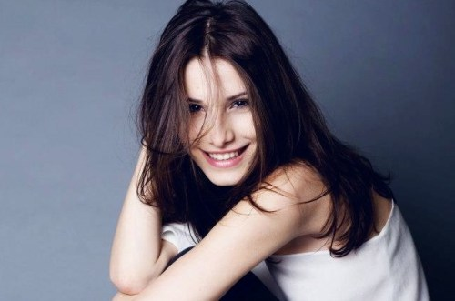 http://www.lifesitenews.com/news/why-is-this-romanian-model-willing-to-risk-her-career-for-the-pro-life-caus
