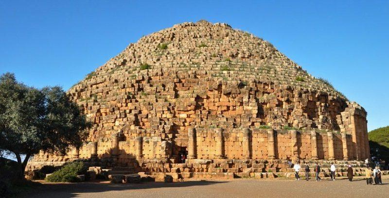 Tombeau de la Chrétienne ou Mausolée Royal de Maurétanie à Tipasa- Algérie