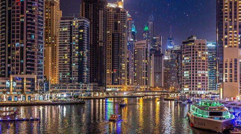 """Les Emirats arabes unis rouvrent leurs frontières en prévision de l'""""Expo 2020 de Dubaï"""""""