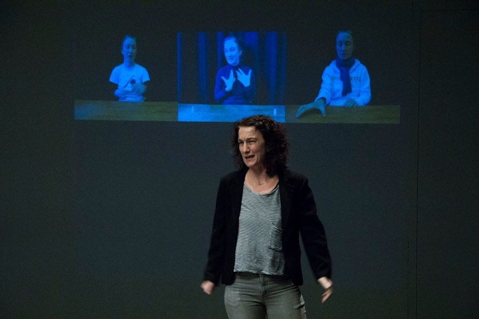 Performance of inging in Sounded Bodies Festival, Zagreb, Croatia, October 2014.