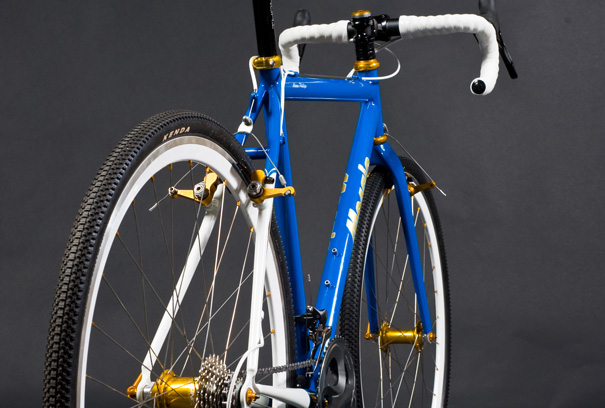 hes currently offering custom road track mountain and di2 bicycles in titanium or steel this mosaic steel cross bike
