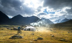 12 วันปั่นสลับพายเที่ยว 'เทือกเขาอัลไต' | VIDEO OF THE WEEK