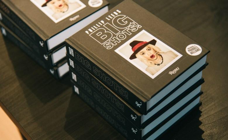 "Behind the Big Shots! ข้างหลังภาพของ ""ฟิลลิป ลีดส์"" ช่างภาพที่เล่าเรื่องผ่านกล้องโพลารอยด์ปี 1971"