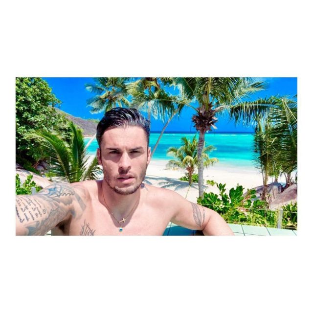 Shameless Idol Worship: Baptiste Giabiconi's Vacation