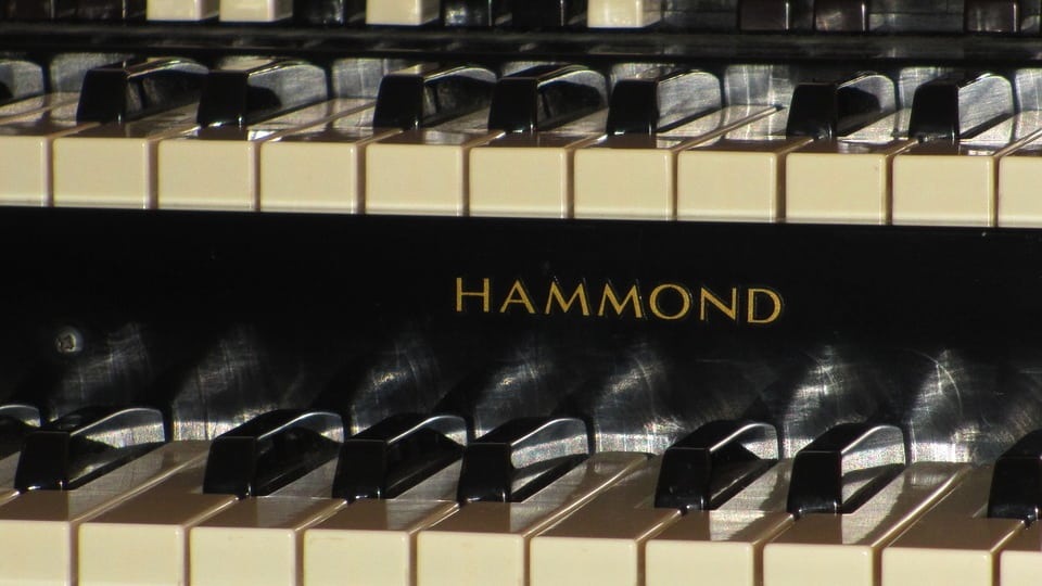 Hammond Organ Closeup (Public Domain)
