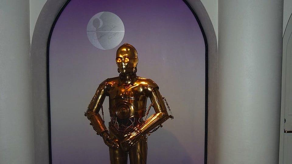 C-3PO replica (Public Domain)