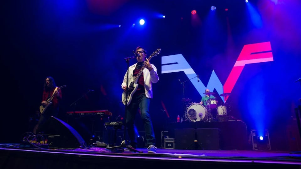 Weezer at Wembley 2017 courtesy of Getty