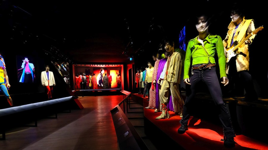 Rolling Stones Glam Gallery