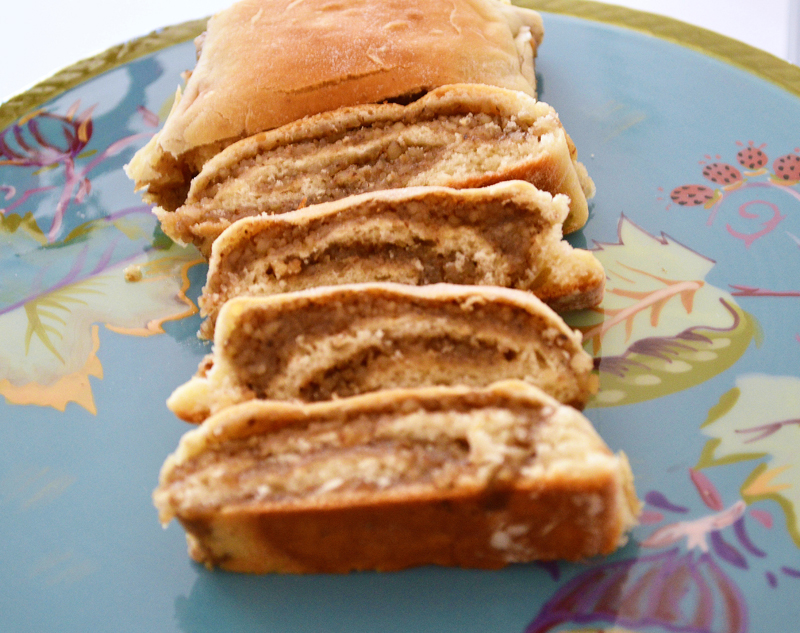 Nut roll and culinary traditions