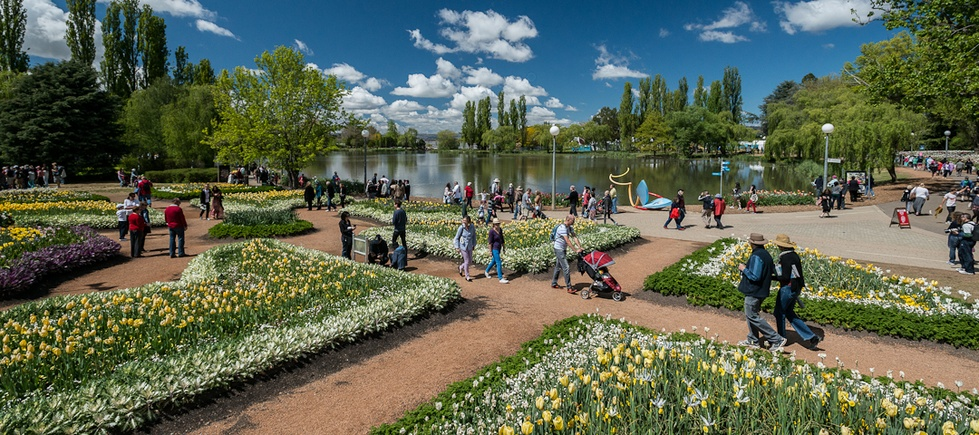 Commonwealth Park in Canberra, Australia