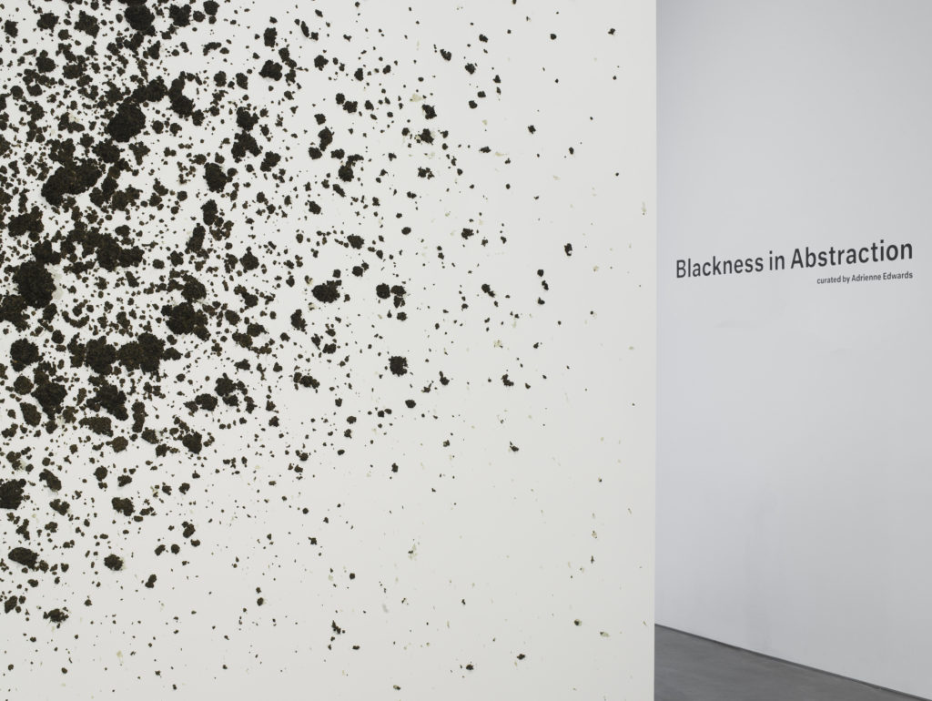 Blackness in Abstraction Installation at Pace Gallery 537 West 24th Street, New York, NY June 27 - August 19, 2016 Mutu, Throw, 2106, #63038.EC (Detail) view 1 Photographer: Kerry Ryan McFate