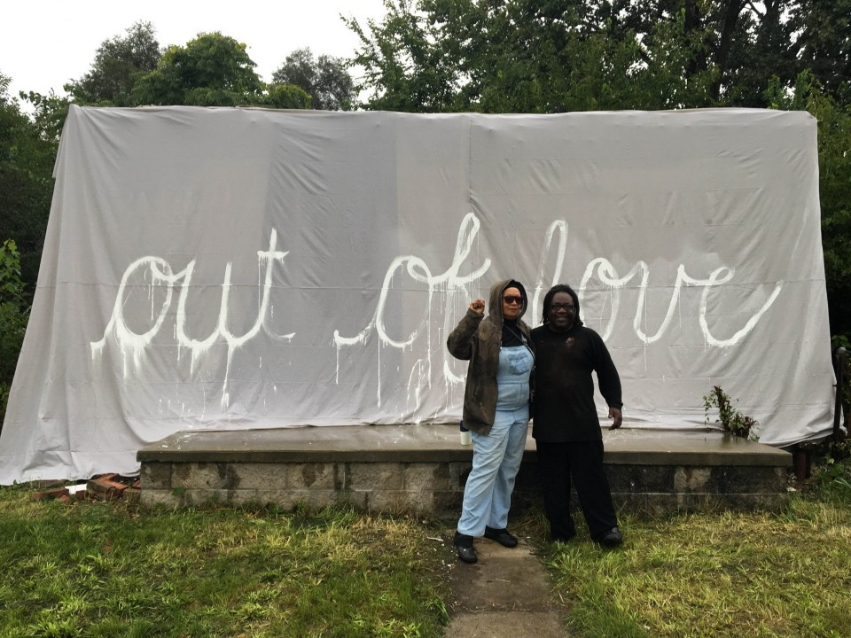 rosa-parks-home-under-tarp-pictured-her-neice-rhea-mccauley-and-friend